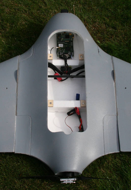 x8 flying wing kit airelectronics